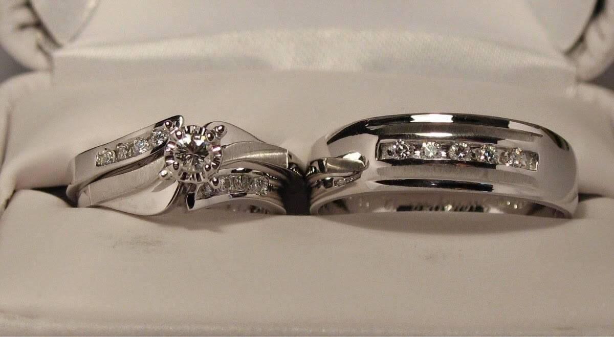 d269b797a6a4 anillos plateados de bodas